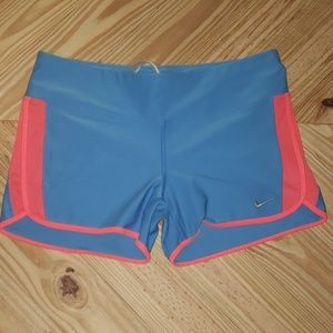 NIKE Dri-Fit running/yoga Shorts size Large